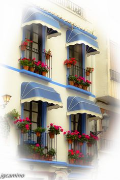 BALCONADAS. -Almuñecar (Granada)