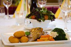 Hotel Kronenhirsch in Russbach, Dachstein West Salzburg, Traditional, Food, Small Hotels, Essen, Meals, Yemek, Eten