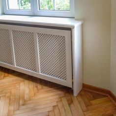 Heizkörperverkleidung nach Ihren Wünschen in Berlin House Design, Interior Inspiration, Home, Heat And Air Units, Cottage Homes, Radiator Cover, Bohemian Living, House Inspiration, House Interior