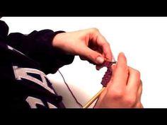 ▶ Πλέξιμο - Πως να πλέξεις κοτσίδες (πλεξούδες) - YouTube