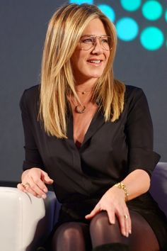 Jennifer Aniston Rocks Retro Glasses During Her Appearance at Popfest