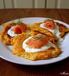 Potato pancake with salmon Pumpkin Recipes, Potato Recipes, Potato Pancakes, Baked Potato, Salmon, Food And Drink, Gluten Free, Vegetarian, Tasty