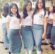 screenshot gallery of hottest popular celebrities School Girl Japan, High School Girls, Beautiful Chinese Women, Indonesian Girls, Sexy Jeans, Girls Jeans, School Uniform, Asian Beauty, Celebs