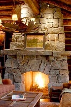 I River Rock Fireplaces, Rustic Fireplaces, Home Fireplace, Fireplace Mantels, Rustic Stone, Modern Rustic, Stone House Plans, Stone Cabin, Log Home Living