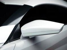 Detalhe do Hypersport, superesportivo limitado que custa R$ 6,8 milhões Maserati, Bugatti, Lamborghini, Ferrari, Porsche, Audi, Bmw, Royce, Jaguar