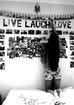 Black and white picture wall