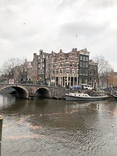 5 Most photogenic spots in Amsterdam - The El Stories Greek Girl, Amsterdam Canals, Cozy Cafe, Visit Amsterdam, Central Station, 16th Century, World Heritage Sites, Main Street, The Neighbourhood