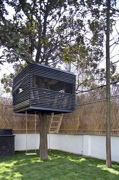 Have you ever had a tree house? Thinking of adding one? Here is a cool tree house? #outdoor #inspiration #morgreen