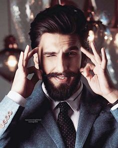 it's ranveer singh Perfect Beard, Beard Love, Perfect Guy, Beard Styles For Men, Hair And Beard Styles, Indian Celebrities, Bollywood Celebrities, Ranveer Singh Beard, Tapered Beard