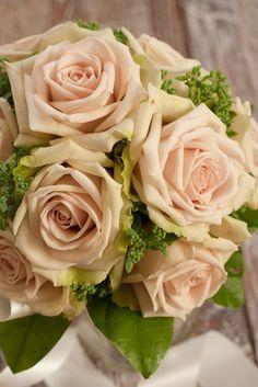 rose bouquet   by mellow_stuff