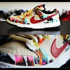 "Nike SB Dunk Low City Series ""Paris"" (2003)"