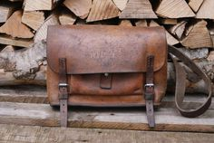 1947 Swiss Army Leather Bag for the Repair of Weapons Leather Duffle Bag, Leather Laptop Bag, Saddle Leather, Leather Men, Leather Bags, Submachine Gun, Dark Brown Color, Waterproof Backpack, Swiss Army