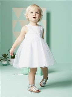 Vestido de cerimónia em tule e cetim, para bebé menina