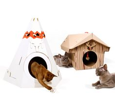 Cat Play House : Folded cardboard houses for cats