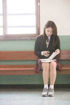 Park Shin Hye looks innocent and pure in a school uniform « KoreaDotCom #parkshinhye