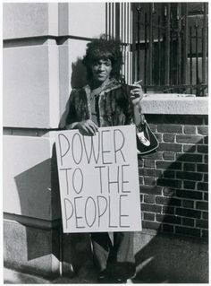 [Know Your Bisexual History]: Photos from joint Street Transvestite Action Revolutionaries (STAR) + Gay Liberation Front (GLF) protest for an end of oppressive treatment of LGBTQ Patients at NYC's Bellevue Hospital (Fall 1970 credit Richard C. Les Suffragettes, Bellevue Hospital, Stonewall Riots, Stonewall Inn, Stonewall Uprising, Mode Poster, Lgbt History, Trans Rights, Protest Signs