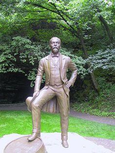 Statue at lynchburg tn more jack o connell jack daniel s daniel s