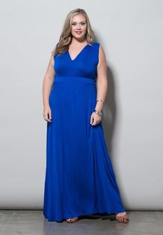 The empire waist of this plus size maxi dress shows off the bust yet provides full coverage. Bonnie is sure to be the style-center of your next vacation. Perfect mix of sexy, sophisticated and beautifully fitted plus size sleeveless maxi dress