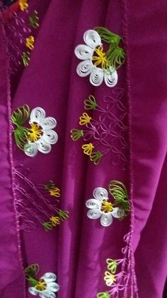 HUZUR SOKAĞI (Yaşamaya Değer Hobiler) Christmas Embroidery Patterns, Embroidery Patterns Free, Knitted Poncho, Knitted Shawls, Hardanger Embroidery, Hand Embroidery, Pattern Design, Free Pattern, Diy And Crafts