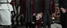 Find images and videos about gif, A Series of Unfortunate Events and Violet Baudelaire on We Heart It - the app to get lost in what you love. Netflix Cast, Netflix Series, The Hostile Hospital, A Series Of Unfortunate Events Netflix, I Gen, Good Cause, Happy Endings, Best Shows Ever, Book Series