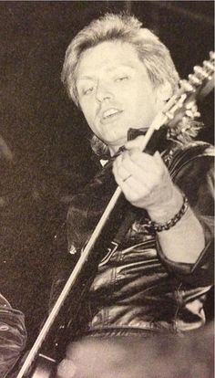 Photos and videos by Benjamin Orr Fans (@benjaminorrfans) | Twitter