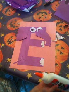 E is for Elephant letter craft.  FREE pattern.