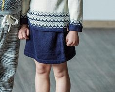 Wonderful nordic pattern skirt, made out of high quality baby alpaca wool to keep your little one warm during cold period. Looks great along with our