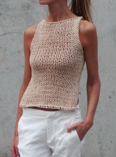 beige cotton racer back tank top, with stepped hemline, slim fit - Tank top, beige tank, beige cropped tank / beige cotton tank / beige vest - Summer Knitting, Hand Knitting, Chunky Crochet, Knit Crochet, Pull Beige, Beige Vests, Cropped Tops, Knit Fashion, Knitwear Fashion