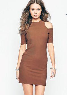 Bayramlık kısa elbise modelleri - http://www.modelleri.mobi/bayramlik-kisa-elbise-modelleri/