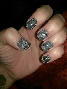 Black gray and white marble nails. #marblenails