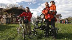 Una familia recorre España para recopilar colegios con modelos educativos diferentes. / P. LORENZANA