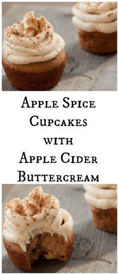 apple cider cupcakes with brown sugar Spice Cupcakes with Apple Cider Buttercream Apple Spice Cupc Cupcake Recipes, Cupcake Cakes, Buttercream Cupcakes, Cupcake Emoji, Maple Buttercream, Cupcake Flavors, Köstliche Desserts, Delicious Desserts, Fall Dessert Recipes