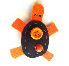 Tartaruga arancio e nera
