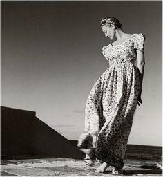 Liz Gibbons, Cuba (1941). Louise Dahl-Wolfe. Gelatin silver print
