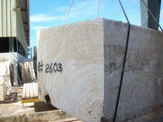 Over Head Crane Moving Coral Stone Block