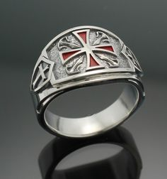Our newest Templar ring. Bold, striking, stylish exclusively available at prolinedesigns.com