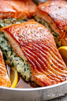 Creamy Spinach Stuffed Salmon in Garlic Butter Creamy Spinach Stuffed Salmon in garlic butter is a new delicious way to enjoy salmon! Filled with an incredible cream cheese, spinach, parmesan and garlic mixture, this Stuffed Salmon beats Salmon Recipes, Fish Recipes, Seafood Recipes, Cooking Recipes, Healthy Recipes, Recipes Dinner, Dinner Ideas, Hotdish Recipes, Snacks