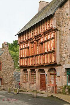 Maison natale de Ernest Renan a Tréguier, département des Côtes d'Armor en Bretagne
