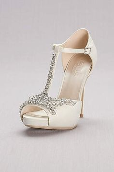4cdfe9cecfd 237 Best Wedding attire images in 2018   Badgley Mischka Shoes, Bhs ...