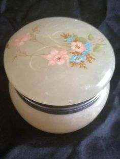 Italian Yellow Alabaster - Hand Carved Powder Compact with Floral Motif Dimensions +/- . 60 x 60 x 45 (mm) : x x (inch) Weight +/- . 175 g : ounces Floral Motif, Hand Carved, Compact, Powder, Arts And Crafts, Carving, Ornaments, Yellow, Cake