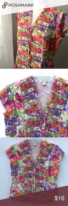 "Coldwater Creek Floral Top PM Lovely and lite weight...petite medium. Pre-loved and in good shape! It does have a bit of a thin lining in front, so not see thru. Shoulder to hem: 21"", outer sleeve: 5"", pit to pit: 20"".   Shop smart by maximizing your shipping $. Use the filter function and peruse my closet of over 1,000 items! Bundle and save!! Coldwater Creek Tops Blouses"