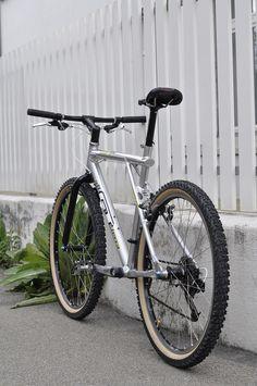 Gt Bikes, Mtb Bicycle, Bike Handlebars, Cool Bikes, Gt Mountain Bikes, Mountain Biking, Geocaching, Bike Wallpaper, Sport