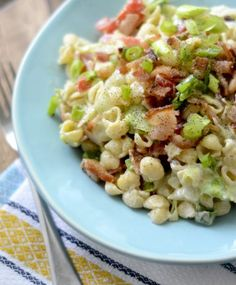 BLT Pasta Salad (3 P+, SP 4) plus more Weight Watchers Recipes and Their Point Values on Frugal Coupon Living.