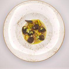 charred leeks ,cale juice | Benoit & Bernard De Witte | Benoit & Bernard De Witte. Archiving Food Photography | Gastronomy