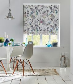 Fabric Inspiration for You Choose! This Designer's Guild fabric makes the perfect spring update to an all white kitchen. Best Windows, Blinds For Windows, Window Blinds, Blinds Inspiration, Home Decor Inspiration, Patterned Blinds, Denim Drift, Best Blinds, Contemporary Windows