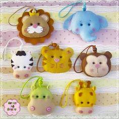 Felt Diy, Felt Crafts, Diy And Crafts, Felt Patterns, Stuffed Toys Patterns, Felt Keychain, Bear Felt, Ladybug Crafts, Felt Banner