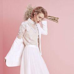 Vietä oikein ihana viikonloppu!   via ELLE FINLAND MAGAZINE OFFICIAL INSTAGRAM - Fashion Campaigns  Haute Couture  Advertising  Editorial Photography  Magazine Cover Designs  Supermodels  Runway Models