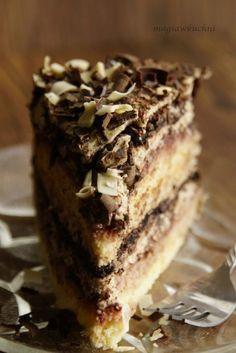 Zucchini cake with pine nuts - Clean Eating Snacks Polish Desserts, Polish Recipes, Poke Cakes, Lava Cakes, Sweet Recipes, Cake Recipes, Dessert Recipes, Polish Cake Recipe, Cherry Cookies
