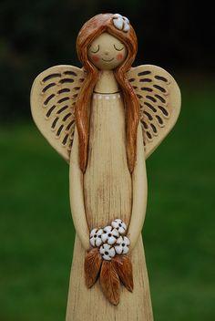 Keramický anděl - vysoký