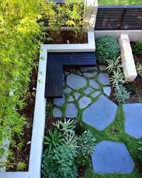 Broken Concrete, Concrete Patio, Crazy Paving, Box Houses, Design Blogs, Dream House Exterior, Weekend Vibes, Garden Inspiration, Exotic